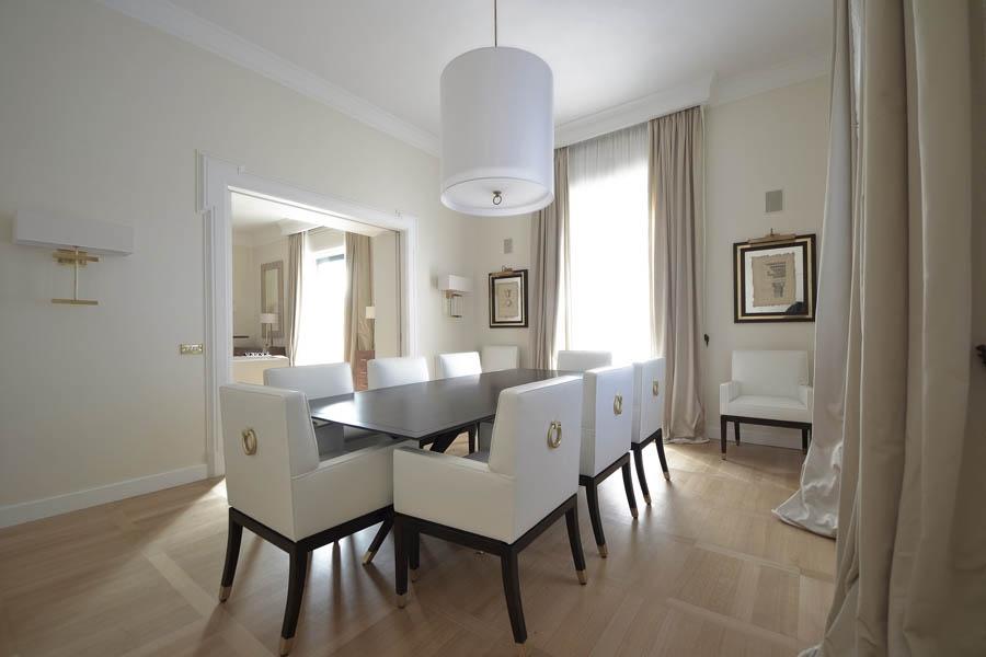 Realizzazione villa a roma - Quadri per sala da pranzo ...